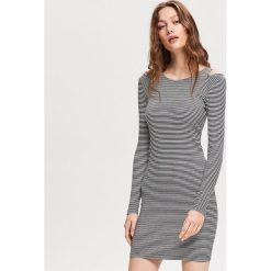 c9e8cb90f50115 Dzianinowa sukienka - Biały. Białe sukienki damskie Reserved, s, bez  wzorów, z