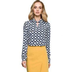 Elegancka Bluzka z Wzorem z Ozdobnym Dekoltem - Model 1. Szare bluzki asymetryczne Molly.pl, l, z tkaniny, biznesowe, dekolt w kształcie v, z długim rękawem. Za 102,90 zł.