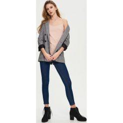Jeansy skinny high waist - Granatowy. Niebieskie jeansy damskie skinny marki House, z jeansu. W wyprzedaży za 59,99 zł.