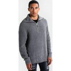 Kardigany męskie: AllSaints IVANN FUNNEL Sweter grey marl