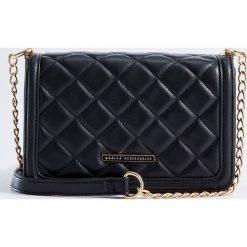 Torebki klasyczne damskie: Mała torebka z pikowanej ekologicznej skóry - Czarny