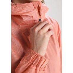 Adidas Performance Kurtka przeciwdeszczowa apricot. Czerwone kurtki damskie przeciwdeszczowe marki adidas Performance, m. W wyprzedaży za 559,20 zł.