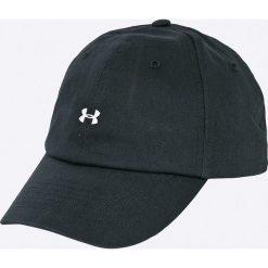 Under Armour - Czapka. Czarne czapki z daszkiem damskie Under Armour, z bawełny. Za 79,90 zł.