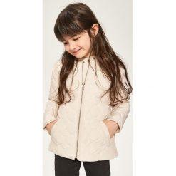 Odzież dziecięca: Pikowana kurtka ze stójką – Beżowy
