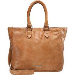 FREDsBRUDER LADYBAG Torba na zakupy caramel. Brązowe torebki klasyczne damskie FREDsBRUDER. Za 839,00 zł.
