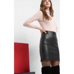 Spódniczki: Spódnica mini z koronką