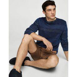 Mango Man - Sweter Indigo. Niebieskie swetry klasyczne męskie Mango Man, l, z bawełny, z okrągłym kołnierzem. Za 139,90 zł.