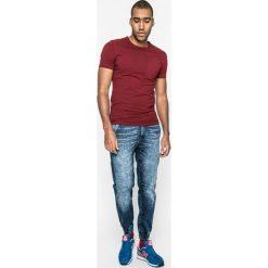 Medicine - Jeansy Basic. Niebieskie jeansy męskie z dziurami marki MEDICINE. W wyprzedaży za 69,90 zł.