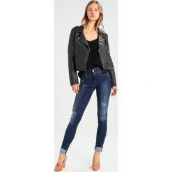 GStar LYNN MID SUPER SKINNY  Jeans Skinny Fit trender ultimate stretch denim. Szare jeansy damskie marki G-Star. W wyprzedaży za 422,10 zł.