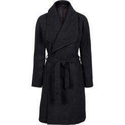 Krótki płaszcz z wykładanym kołnierzem bonprix czarny. Czarne płaszcze damskie pastelowe bonprix, eleganckie. Za 189,99 zł.