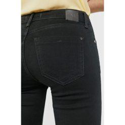 Mango - Jeansy Elektra1. Szare jeansy damskie marki Mango, l, z elastanu, klasyczne. Za 159,90 zł.