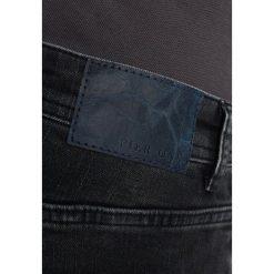 Pier One Jeansy Slim Fit black denim. Czarne jeansy męskie marki Pier One. Za 149,00 zł.