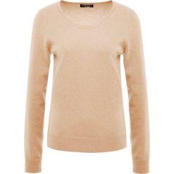 Repeat CREW Sweter camel. Brązowe swetry klasyczne damskie Repeat, z kaszmiru. Za 759,00 zł.