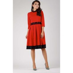 Czerwona Wizytowa Rozkloszowana Sukienka z Koronką. Niebieskie sukienki balowe marki ARTENGO, z elastanu, ze stójką. W wyprzedaży za 134,76 zł.