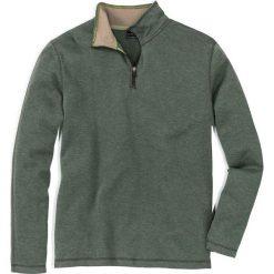 Bluza ze stójką Regular Fit bonprix zielony. Zielone bluzy męskie bonprix, l, w prążki. Za 49,99 zł.