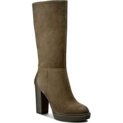 Kozaki CARINII - B3608 I43-000-PSK-B96. Zielone buty zimowe damskie Carinii, z materiału, na obcasie. W wyprzedaży za 299,00 zł.