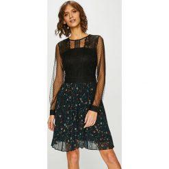 Medicine - Sukienka Shimmering Fantasy. Czarne długie sukienki marki bonprix, do pracy, w paski, eleganckie, z krótkim rękawem, baskinki. Za 179,90 zł.