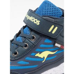 KangaROOS MOBA Tenisówki i Trampki wysokie navy/lime. Niebieskie trampki chłopięce KangaROOS, z materiału. W wyprzedaży za 125,40 zł.