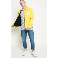 Hilfiger Denim - Kurtka Varsity Coach. Żółte kurtki męskie przejściowe marki Hilfiger Denim, l, z bawełny. W wyprzedaży za 399,90 zł.