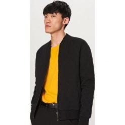 Bluzy męskie: Pikowana bluza bomber – Czarny