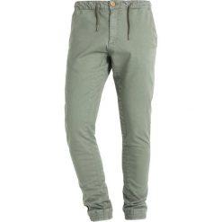 Chinosy męskie: Blend Spodnie materiałowe dusty olive green