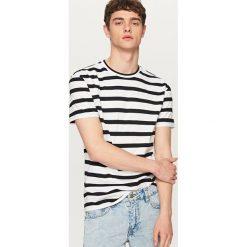 T-shirty męskie: Dwukolorowy t-shirt w paski – Biały