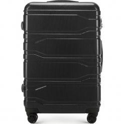Walizka duża 56-3P-983-10. Czarne walizki marki Wittchen, z gumy, duże. Za 299,00 zł.