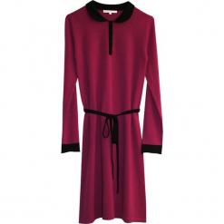 Sukienka kaszmirowa w kolorze różowym. Czerwone sukienki na komunię marki Ateliers de la Maille, na imprezę, z kaszmiru, midi. W wyprzedaży za 591,95 zł.