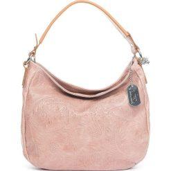 Torebki klasyczne damskie: Skórzana torebka w kolorze jasnoróżowym – 27 x 23 x 12 cm