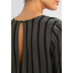 Sukienki hiszpanki: Glamorous Sukienka letnia khaki/black