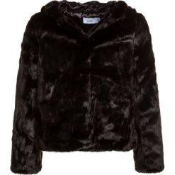 OVS CAPPUCCIO Kurtka przejściowa black. Czarne kurtki chłopięce przejściowe marki OVS, z materiału. W wyprzedaży za 174,30 zł.