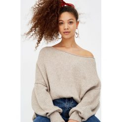 Swetry klasyczne damskie: Sweter z odkrytym ramieniem
