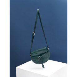 MAŁA TOREBKA Z OZDOBNYM WIĄZANIEM. Niebieskie torebki klasyczne damskie Top Secret, małe. Za 129,99 zł.