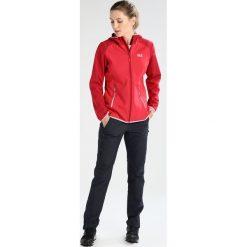 Jack Wolfskin ZENON SOFTSHELL Kurtka Softshell true red. Czerwone kurtki sportowe damskie marki Jack Wolfskin, xl, z elastanu. W wyprzedaży za 307,30 zł.