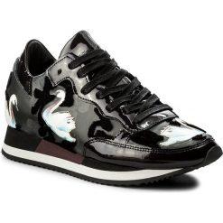 Sneakersy PHILIPPE MODEL - Etoile TBLD NC02 Cignes Noir. Czarne sneakersy damskie Philippe Model, z lakierowanej skóry. W wyprzedaży za 969,00 zł.