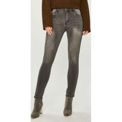 Answear - Jeansy. Niebieskie jeansy damskie rurki marki House, z jeansu. Za 119,90 zł.