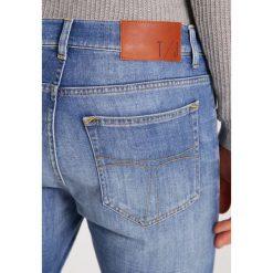 Jeansy męskie regular: Tiger of Sweden Jeans EVOLVE Jeansy Straight Leg medium blue