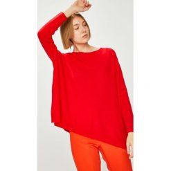 Answear - Sweter. Czerwone swetry klasyczne damskie ANSWEAR, l, z dzianiny, z dekoltem w łódkę. W wyprzedaży za 114,90 zł.