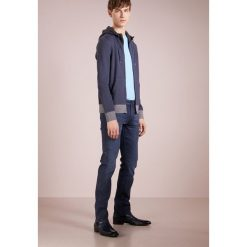 BOSS CASUAL ZEROES Bluza rozpinana blue. Niebieskie bluzy męskie rozpinane marki BOSS Casual, m, z bawełny. W wyprzedaży za 354,50 zł.