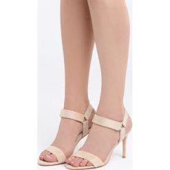 Beżowe Sandały It Is All. Brązowe sandały damskie marki Born2be, z materiału, na wysokim obcasie, na obcasie. Za 89,99 zł.