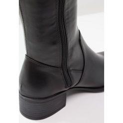 Madden Girl PRISLEY Muszkieterki black. Czarne buty zimowe damskie Madden Girl, z materiału. W wyprzedaży za 209,50 zł.