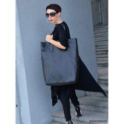 Bardzo Duża Torba Borba. Czarne torebki klasyczne damskie Pakamera, z materiału, duże. Za 259,00 zł.