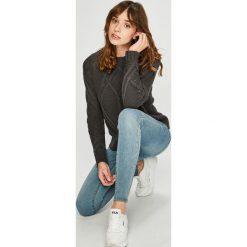 Vero Moda - Sweter. Szare swetry klasyczne damskie Vero Moda, l, z bawełny, z okrągłym kołnierzem. Za 129,90 zł.