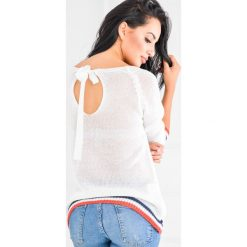 Kardigany damskie: Miękki sweter z wiązaniem z tyłu