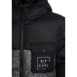 Rip Curl COLOR BLOCK PUFF Kurtka zimowa black. Czarne kurtki chłopięce zimowe marki Rip Curl, z materiału. W wyprzedaży za 341,10 zł.