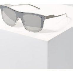 Dolce&Gabbana Okulary przeciwsłoneczne silver. Szare okulary przeciwsłoneczne męskie wayfarery Dolce&Gabbana. Za 1089,00 zł.