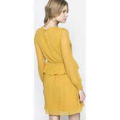 Vero Moda - Sukienka. Szare długie sukienki Vero Moda, na co dzień, l, z poliesteru, casualowe, z okrągłym kołnierzem, z długim rękawem, proste. W wyprzedaży za 99,90 zł.