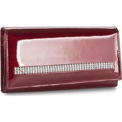Duży Portfel Damski PETERSON - 467/S-14-03-07 Czerwony. Czerwone portfele damskie Peterson, z lakierowanej skóry. W wyprzedaży za 139,00 zł.