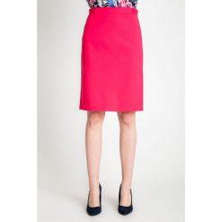 Spódniczki: Różowa gładka ołówkowa spódnica QUIOSQUE