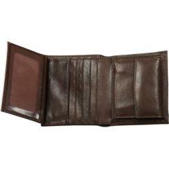 Portfel męski. Czerwone portfele męskie marki Pakamera. Za 229,90 zł.